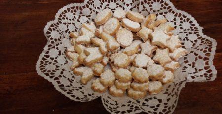 biscotti al burro aromatizzati con oli essenziali